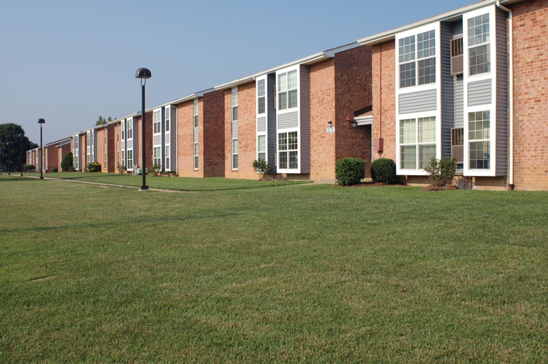 HENRICO ARMS APARTMENTS
