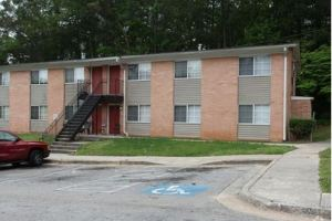 HOLLYWOOD/SHAWNEE APARTMENTS