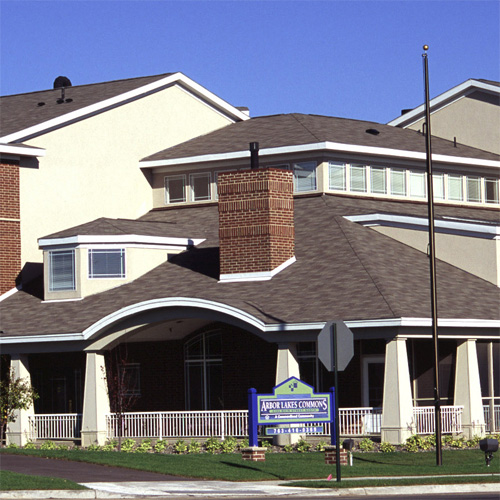 Arbor Oaks Apartments: Maple Grove MN Subsidized, Low-Rent