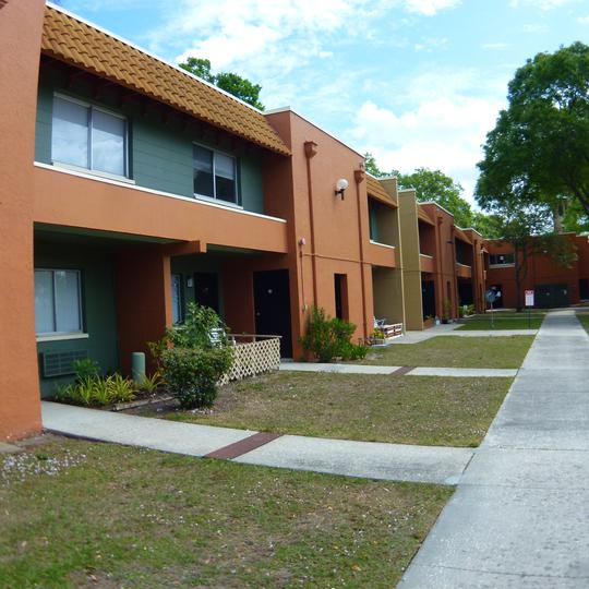 Tampa FL Subsidized, Low-Rent Apartment