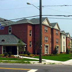 VILLAGE POINTE APARTMENTS