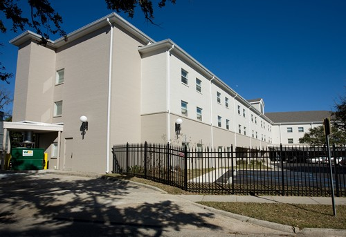 BAPTIST OAKS APARTMENTS