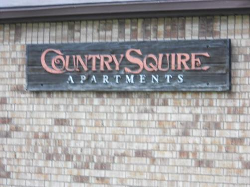 COUNTRY SQUIRE APARTMENTS