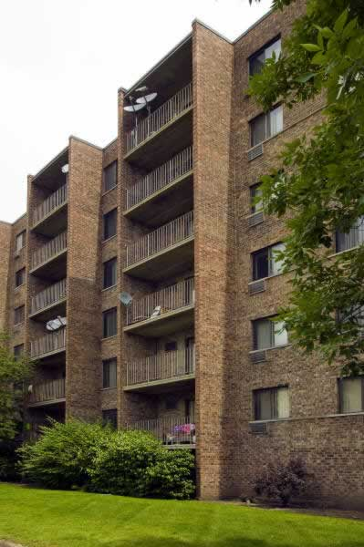Wilshire Towers Bloomingdale Il Subsidized Low Rent