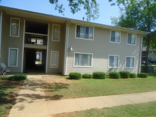 MEADOWBROOK APTS.