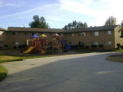 PIERCE PARK APARTMENTS