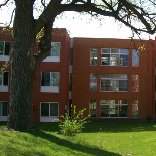 Vs Hunting Ridge Apartments: Excelsior MN Subsidized, Low-Rent Apartment