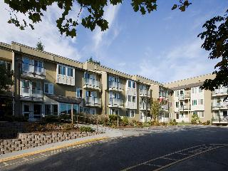 BURIEN PARK APARTMENTS