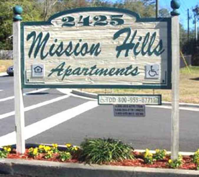 MISSION HILLS APARTMENTS