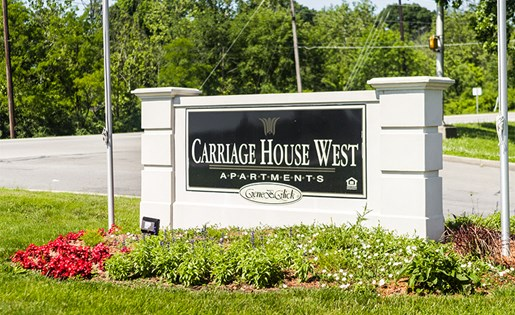 CARRIAGE HOUSE WEST III