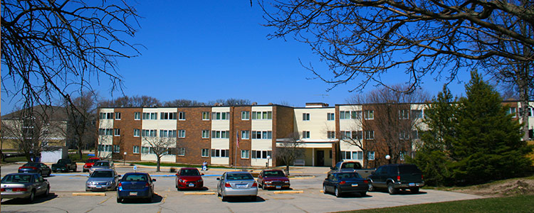 LAKELAND PARK APARTMENTS