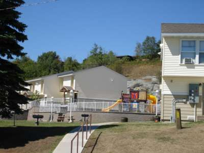 Windwood Townhomes Duluth Mn Subsidized Low Rent Apartment