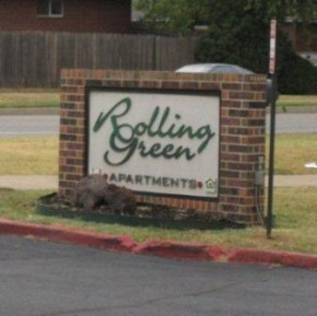 ROLLING GREEN APARTMENTS